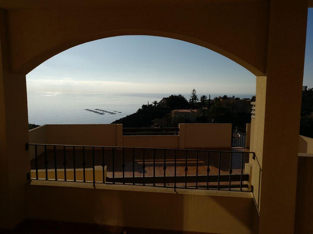Se vende apartamento-bajo en Villamarina (Todosol).